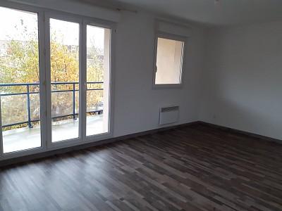 APPARTEMENT T3 A LOUER - LILLE CANTELEU - 62,84 m2 - 785 € charges comprises par mois