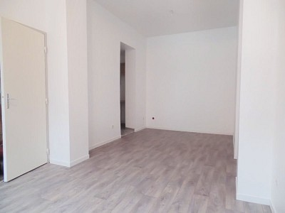 STUDIO A LOUER - ARMENTIERES - 25,31 m2 - 370 € charges comprises par mois