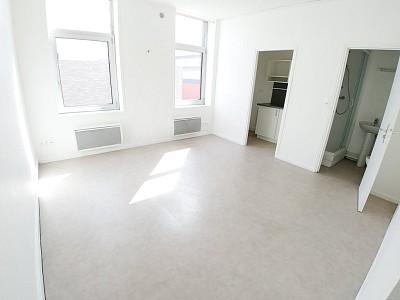 STUDIO A LOUER - ARMENTIERES - 22,35 m2 - 400 € charges comprises par mois