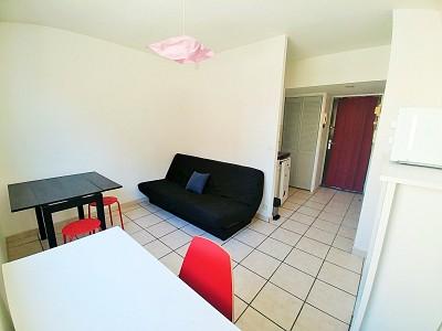 STUDIO A LOUER - LILLE VAUBAN - 17,71 m2 - 410 € charges comprises par mois