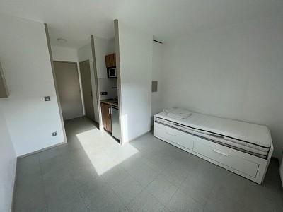 STUDIO A VENDRE - LILLE ESQUERMES - 18 m2 - 85500 €