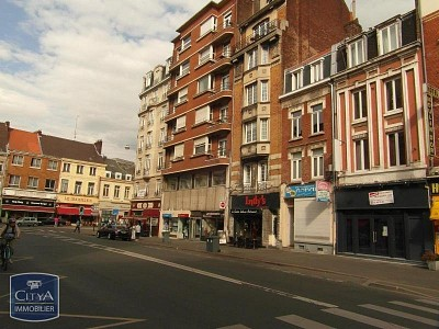 STUDIO A LOUER - LILLE CENTRE GARES EURALILLE - 13,5 m2 - 360,80 € charges comprises par mois