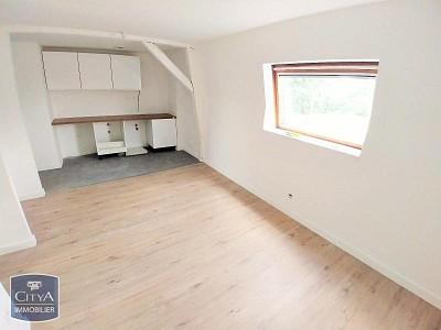 APPARTEMENT T2 A LOUER - HOUPLINES - 33,12 m2 - 475 € charges comprises par mois