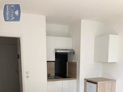 STUDIO A LOUER - LAMBERSART - 18,61 m2 - 400 € charges comprises par mois