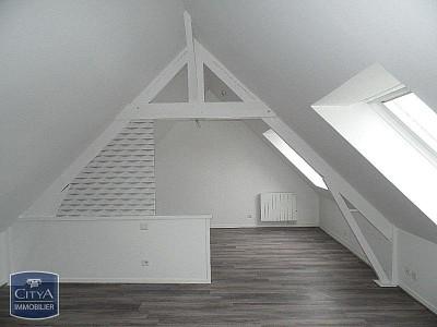 STUDIO A LOUER - LESQUIN - 16,87 m2 - 370 € charges comprises par mois