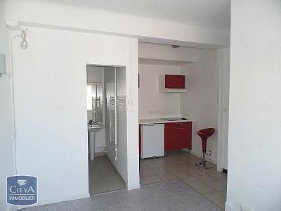 STUDIO A LOUER - LILLE SUD CHR - 19,01 m2 - 370 € charges comprises par mois