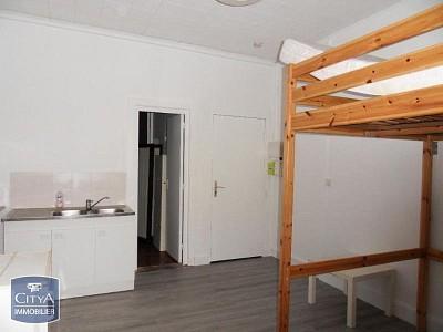 STUDIO A LOUER - LILLE FIVES HELLEMMES - 22,41 m2 - 360 € charges comprises par mois