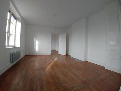 APPARTEMENT T2 A LOUER - FRELINGHIEN - 47,43 m2 - 595 € charges comprises par mois