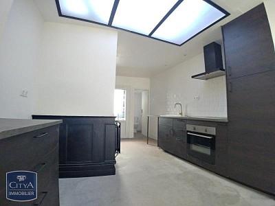 MAISON A LOUER - ARMENTIERES - 88,23 m2 - 740 € charges comprises par mois