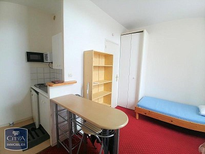 STUDIO A LOUER - LILLE VAUBAN - 13,8 m2 - 395 € charges comprises par mois