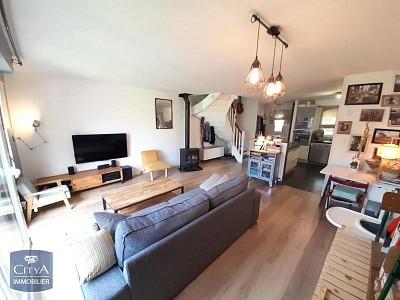MAISON A LOUER - LAMBERSART - 77,51 m2 - 1300 € charges comprises par mois