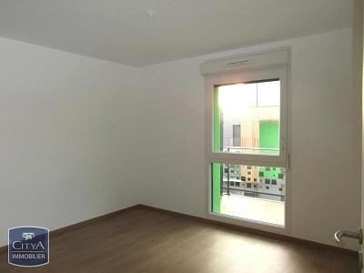 APPARTEMENT T2 A LOUER - RONCQ - 40 m2 - 605 € charges comprises par mois