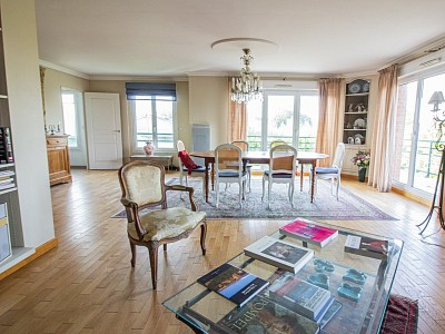 APPARTEMENT T5 A VENDRE - BONDUES - 158,5 m2 - 724500 €