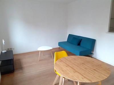 APPARTEMENT T2 A LOUER - VIEUX LILLE - 39,78 m2 - 695 € charges comprises par mois