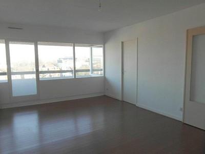 STUDIO A LOUER - LA MADELEINE - 35,65 m2 - 525 € charges comprises par mois