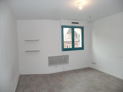 STUDIO A LOUER - LILLE CENTRE - 21,04 m2 - 445 € charges comprises par mois
