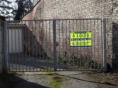 GARAGE A LOUER - RONCHIN - 65 € charges comprises par mois