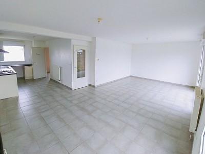 MAISON - HOUPLINES - 92 m2 - VENDU