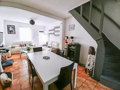 MAISON - LA CHAPELLE D ARMENTIERES - 90 m2 - 139500 €