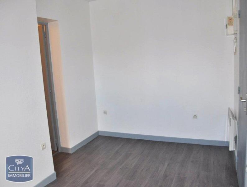 STUDIO A LOUER - LILLE CENTRE GARES EURALILLE - 19,03 m2 - 415 € charges comprises par mois