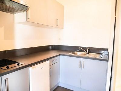 STUDIO A LOUER - LILLE MARX DORMOY - 32,95 m2 - 500 € charges comprises par mois