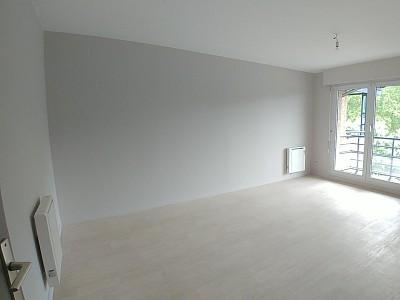 STUDIO A LOUER - LILLE MARX DORMOY - 27,87 m2 - 490 € charges comprises par mois