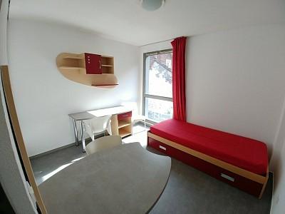 STUDIO A LOUER - LILLE PORTE D ARRAS - 18,4 m2 - 370 € charges comprises par mois