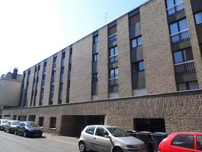 STUDIO A LOUER - LILLE VAUBAN CATHO - 29,96 m2 - 520 € charges comprises par mois