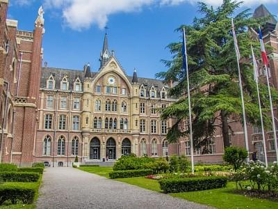 STUDIO A LOUER - LILLE VAUBAN CATHO - 19,24 m2 - 420 € charges comprises par mois