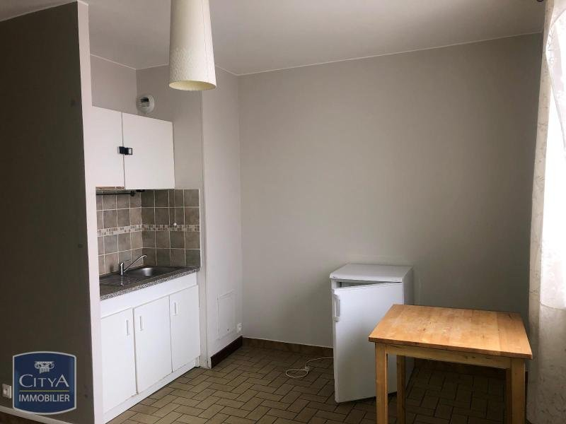 STUDIO A LOUER - LILLE VAUBAN - 24,4 m2 - 505 € charges comprises par mois