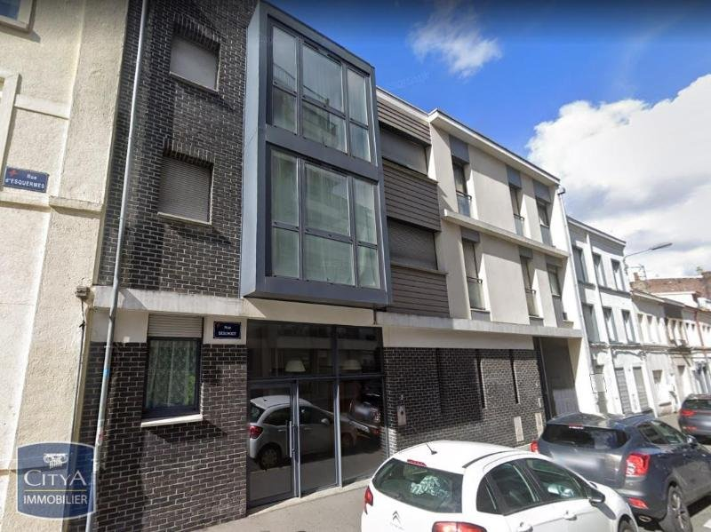 STUDIO A LOUER - LILLE VAUBAN - 26,73 m2 - 580 € charges comprises par mois