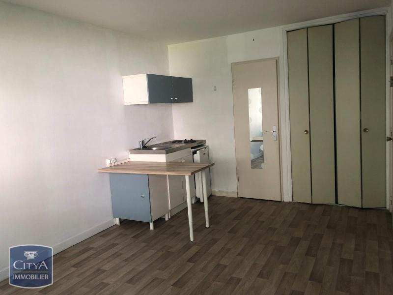 STUDIO A LOUER - LILLE VAUBAN - 20,94 m2 - 450 € charges comprises par mois