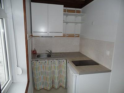 STUDIO A LOUER - LILLE WAZEMMES - 19,24 m2 - 420 € charges comprises par mois