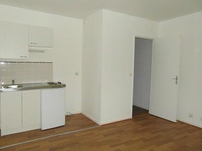 STUDIO A LOUER - LOOS - 23 m2 - 440 € charges comprises par mois