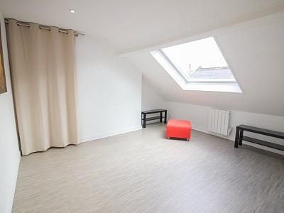 STUDIO - LILLE ESQUERMES - 17 m2 - VENDU
