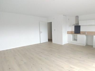 APPARTEMENT T3 A LOUER - LA MADELEINE - 63,7 m2 - 800 € charges comprises par mois