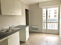 APPARTEMENT T3 A LOUER - LA MADELEINE - 80,49 m2 - 830 € charges comprises par mois