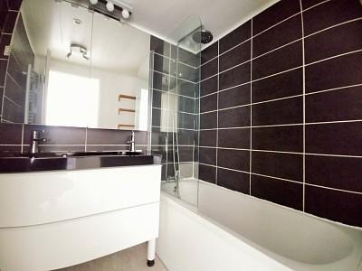 APPARTEMENT T3 A LOUER - LILLE BOIS BLANCS MARX DORMOY - 60,13 m2 - 830 € charges comprises par mois