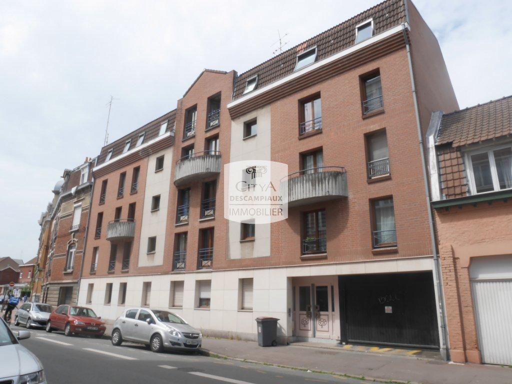 Studio a louer lille vauban 26 19 m2 495 charges for Louer par agence