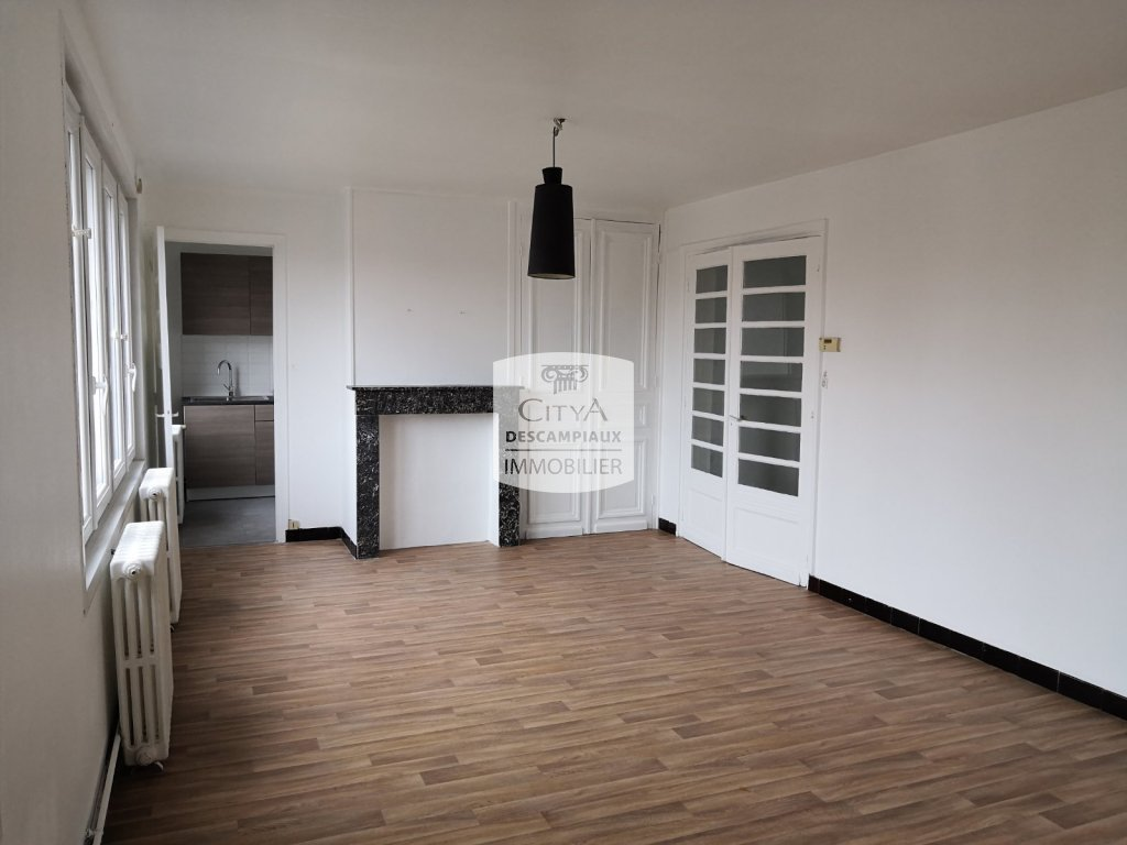 Appartement t3 a louer lomme marais 75 m2 650 for Location appartement par agence