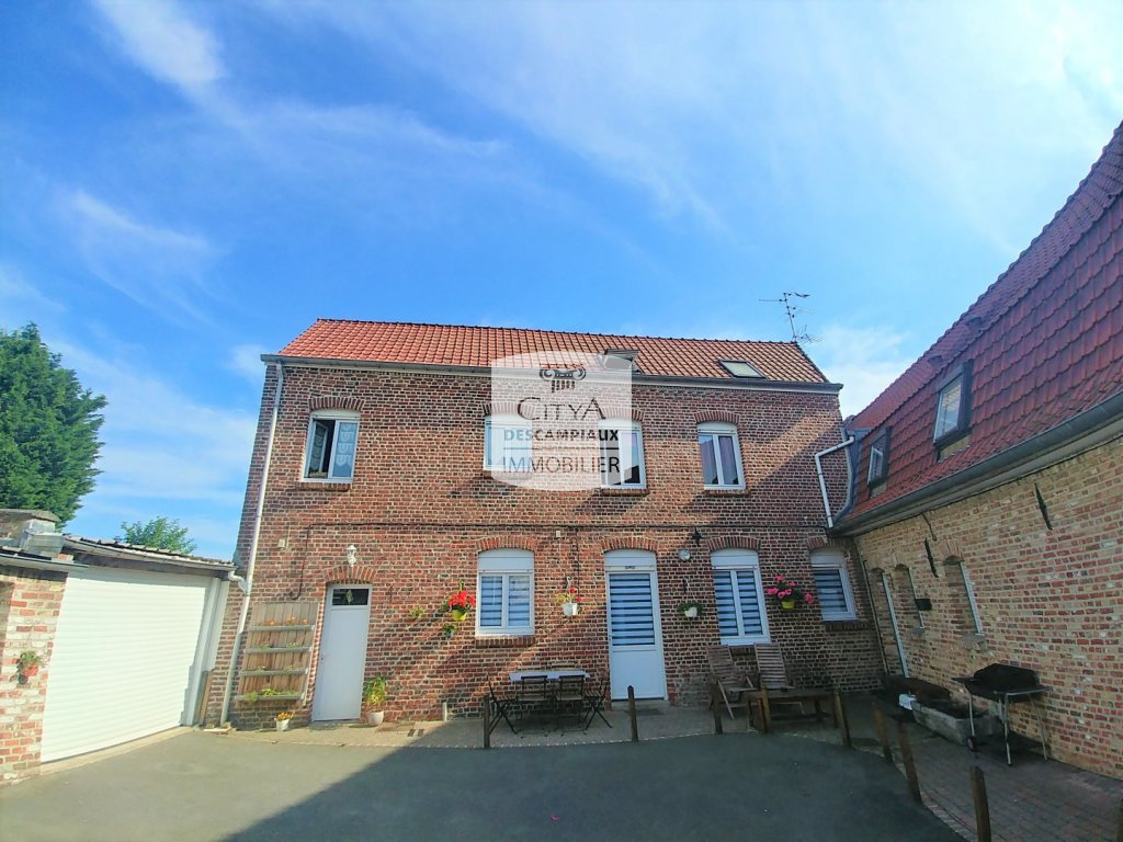 IMMEUBLE DE RAPPORT A VENDRE - WAVRIN - 220 m2 - 445000 €