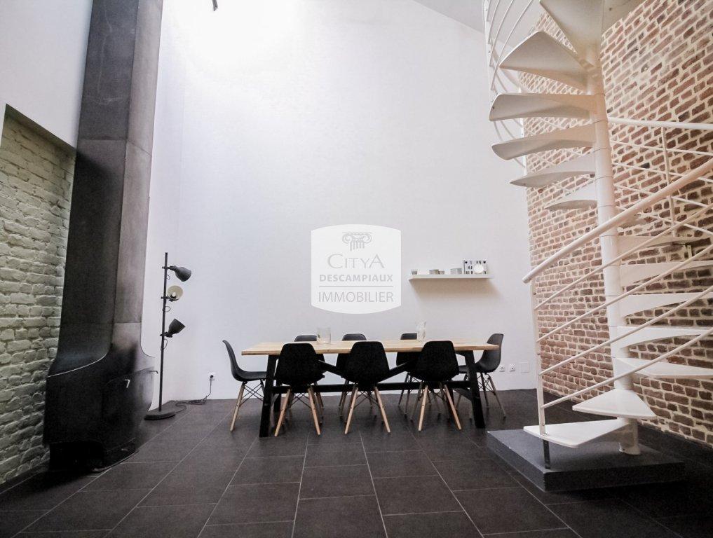LOFT A VENDRE - LILLE ESQUERMES - 143,44 m2 - 460000 €