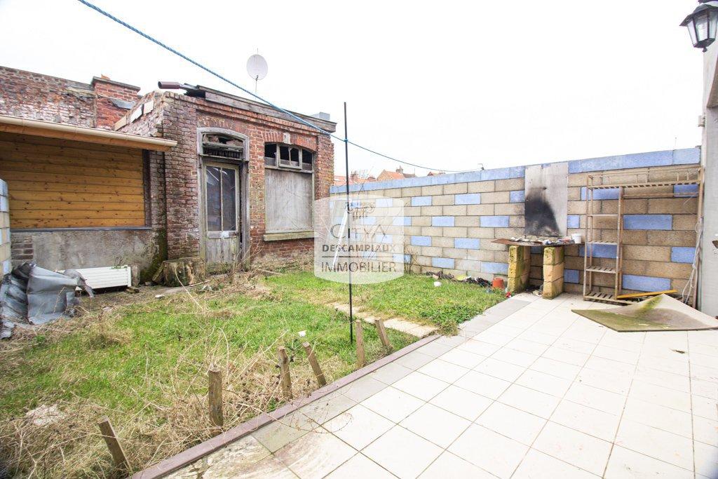 MAISON DE VILLE 3 CH ET JARDIN - ARMENTIERES - 97 m2 - 119500 €
