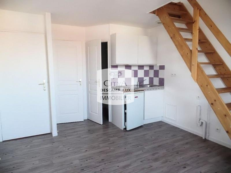 STUDIO - HOUPLINES - 21,18 m2 - LOUÉ