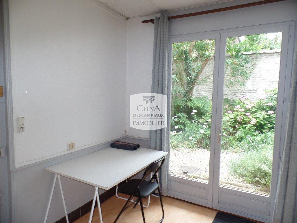 STUDIO A LOUER - LILLE CORMONTAIGNE - 16,78 m2 - 440 € charges comprises par mois