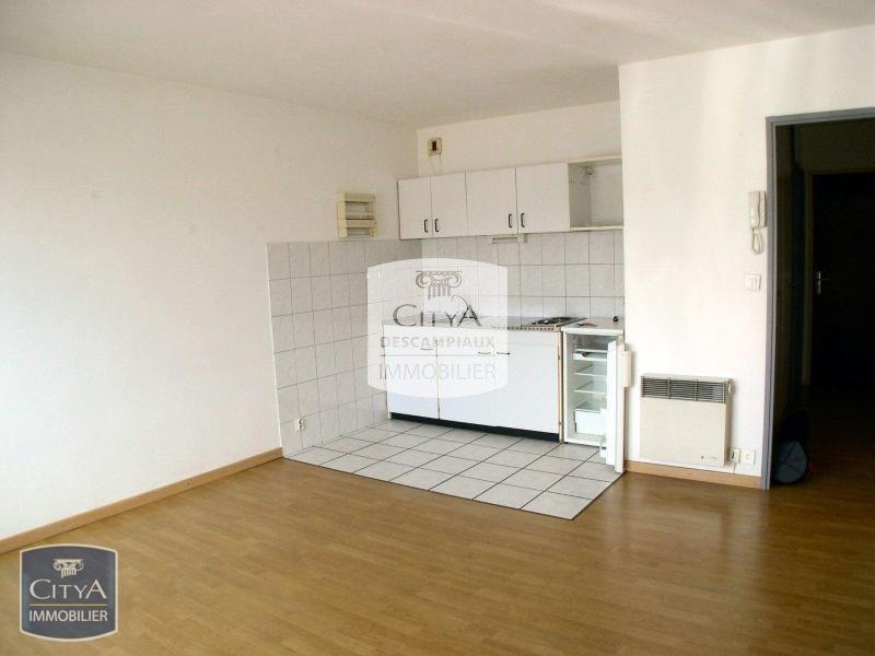 STUDIO A LOUER - LILLE GAMBETTA - 28,51 m2 - 525 € charges comprises par mois