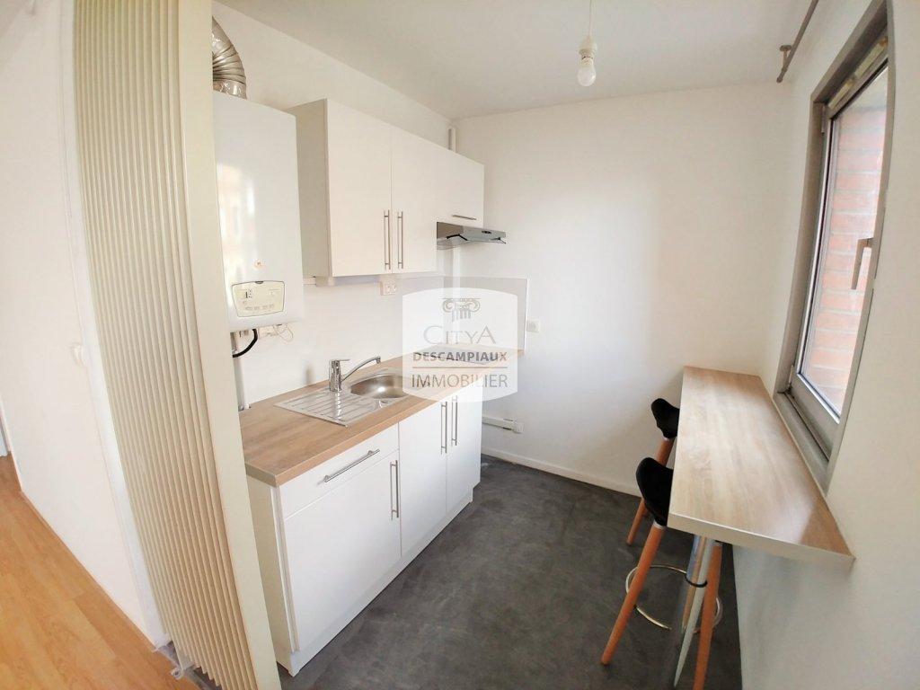 STUDIO A LOUER - LILLE LIMITE LOOS - 28,83 m2 - 500 € charges comprises par mois