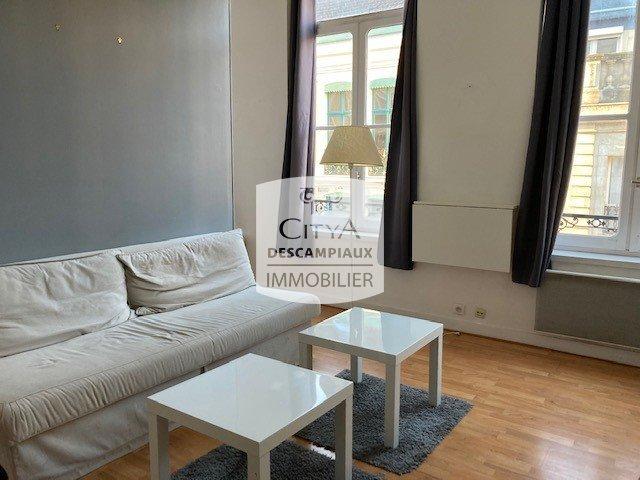 STUDIO A LOUER - LILLE ST MAUR ST MAURICE PELLEVOISIN - 34,04 m2 - 615 € charges comprises par mois