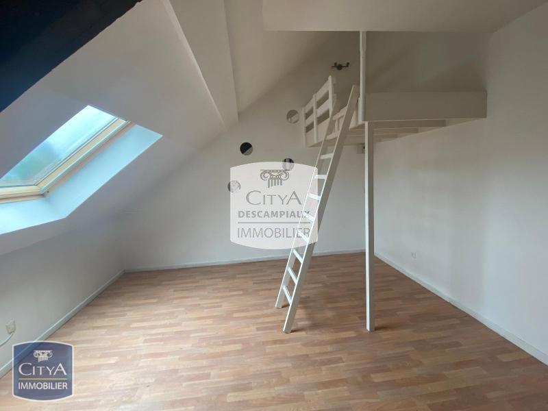 STUDIO A LOUER - LILLE ST MICHEL - 18,35 m2 - 485 € charges comprises par mois