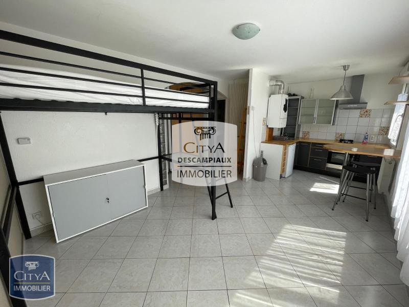 STUDIO A LOUER - LILLE SUD CHR - 25,64 m2 - 500 € charges comprises par mois